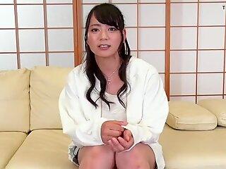 Makoto Shiraishi :: Hug A Delicious Girl Without Makeup 1 -