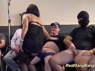Gravide adolescente first real sex în grup