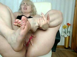 Yummy Bunicuță Picioare cu buni sexy mari și minunate toe scurte