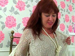 Britanic matusa cu tineri janey mufe her unshaven pasarica