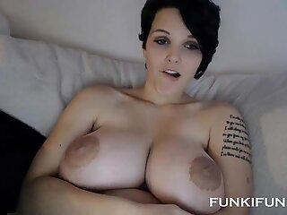 Adolescenta Buna Big Sexy Boobs pe webcam