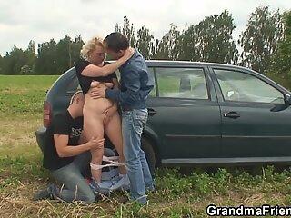 Bunică and guys nubile în aer liber sex în trei