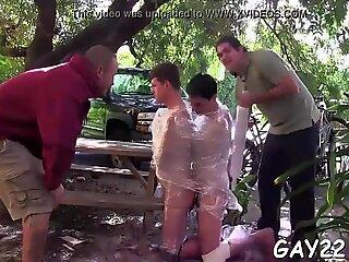 Scena de film masaj erotic homosexual