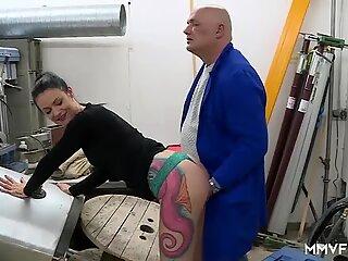 Hot Germană Soția devine futut de Anal Inspector